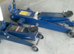Hydraulic Car Jacks 2.25 tones & 3 tones